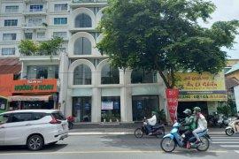 Cho thuê nhà phố 4 phòng ngủ tại Bến Nghé, Quận 1, Hồ Chí Minh