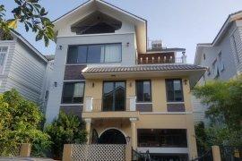 Bán hoặc thuê villa 5 phòng ngủ tại Bình Hưng, Huyện Bình Chánh, Hồ Chí Minh