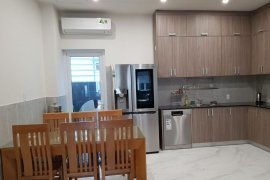 Cho thuê nhà phố 4 phòng ngủ tại Phú Hữu, Quận 9, Hồ Chí Minh