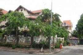 Cho thuê nhà phố 6 phòng ngủ  tại Thảo Điền, Quận 2