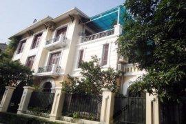 Cho thuê villa 5 phòng ngủ  tại Hà Nội
