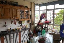 Cần bán nhà phố 3 phòng ngủ tại Lý Thái Tổ, Quận Hoàn Kiếm, Hà Nội