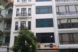 Cho thuê nhà phố 6 phòng ngủ tại Ô Chợ Dừa, Quận Đống Đa, Hà Nội